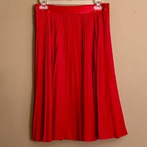 Express red accordion pleated skirt
